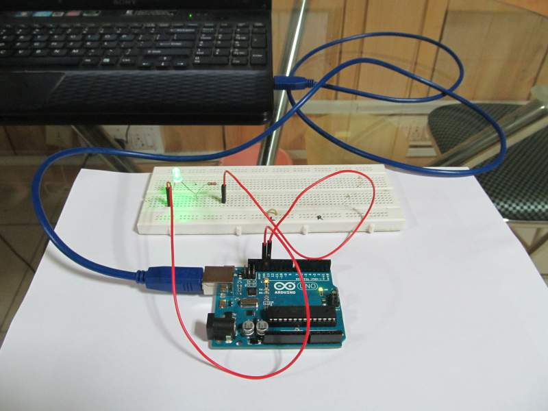 Blink LED with Arduino – Tutorial with Circuit and Program
