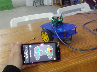 1sheeld controls RC car  – Hackster.io