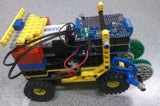 Student Robotic Project by Stephen and Lachlan – Yr10 – Oberon High School | The cat that lived