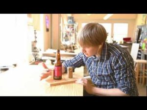 Weekend Projects – Bottle Radio – YouTube
