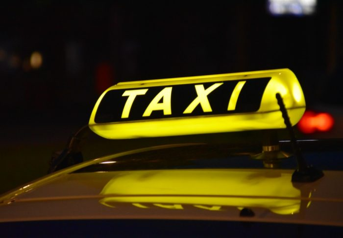 Book a lavish ride with the fingertips of your hand: Uber clone  In this blog, you will understa ...