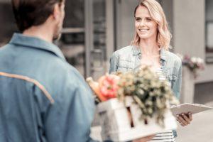 How Grocery Delivery App Helps Independent Contractors