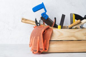 Why should people invest in Uber for Handyman services app?