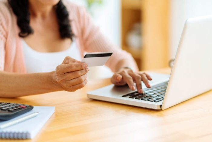 Things to Check While Selecting an Ecommerce Platform