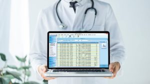 Selecting a Laboratory Information Management Software (LIMS) in 2021 | SoftClinic